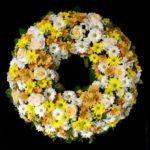 Trauerkranz gelb /weiß Friedhof Inningen